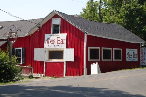 joes bar and restaurant